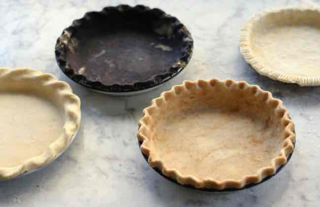 Flavored pie dough