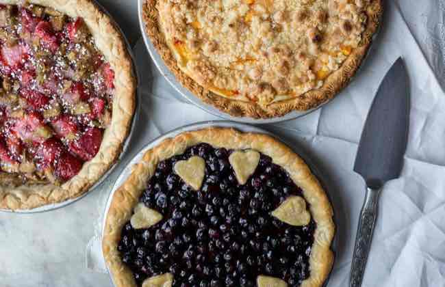 Fun ways to crimp pie crust